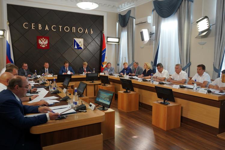 Правительство Севастополя приняло постановление о порядке выкупа земельных участков под объектами недвижимости